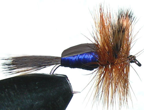 Blowfly Humpy black&brown trout fly