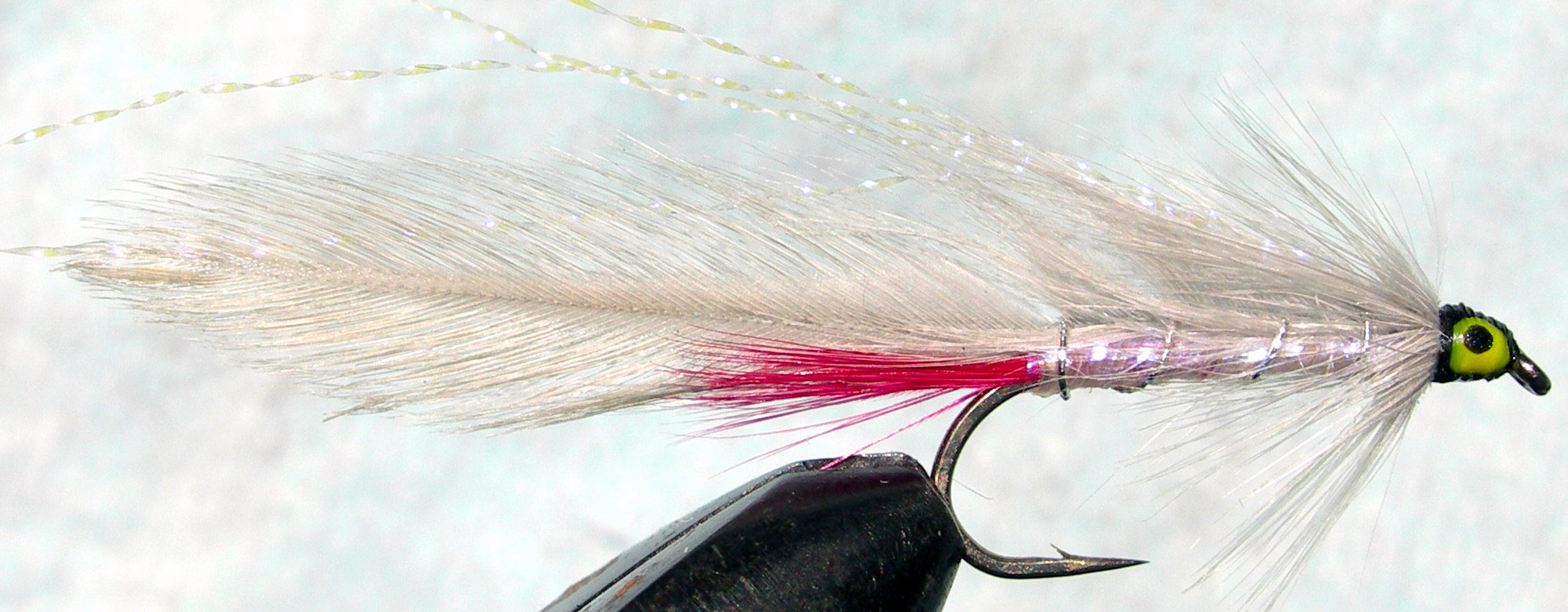 Gray Ghost pearl UV ghostwhite trout fly